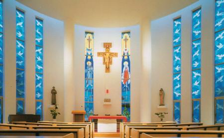 亀有教会聖堂内